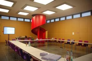 """Arbeitsraum der Schader-Stiftung in Darmstadt, im dem am 6./7. November das sechste Projekttreffen des DFG-Erkenntnisttransferprojektes """"Gesellschaftlicher Wander und Quartiersentwicklung"""" stattfand."""